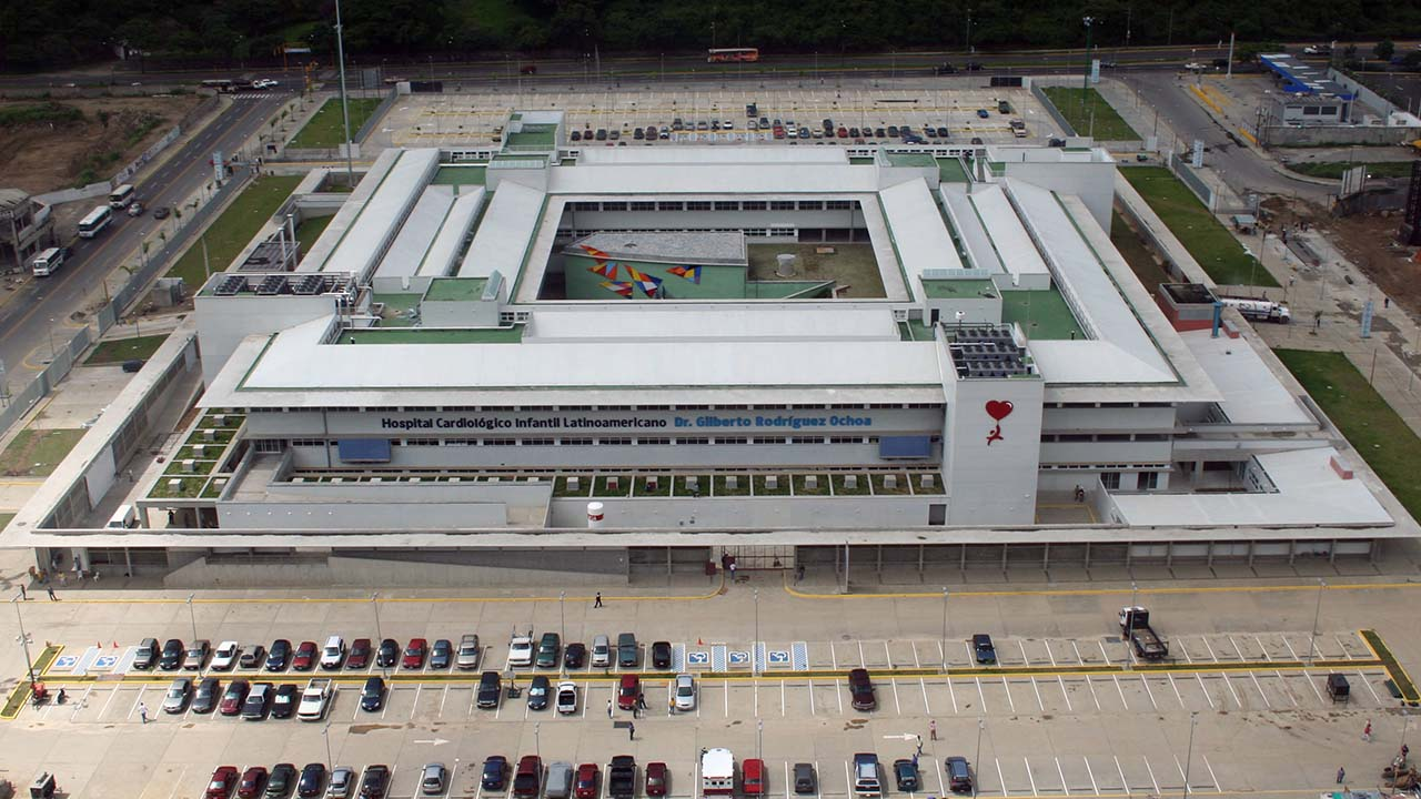 El presidente Nicolás Maduro aprobó recursos adicionales para fortalecer el centro asistencial Dr. Gilberto Rodríguez Ochoa