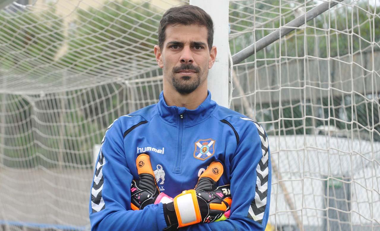 Hernández seguirá jugando en España