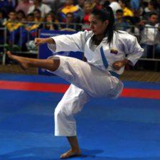 Andrea Armada volvió a Venezuela con su medalla dorada