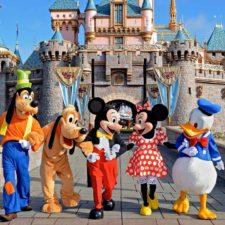 Google Maps te permite visitar los parques de Disney