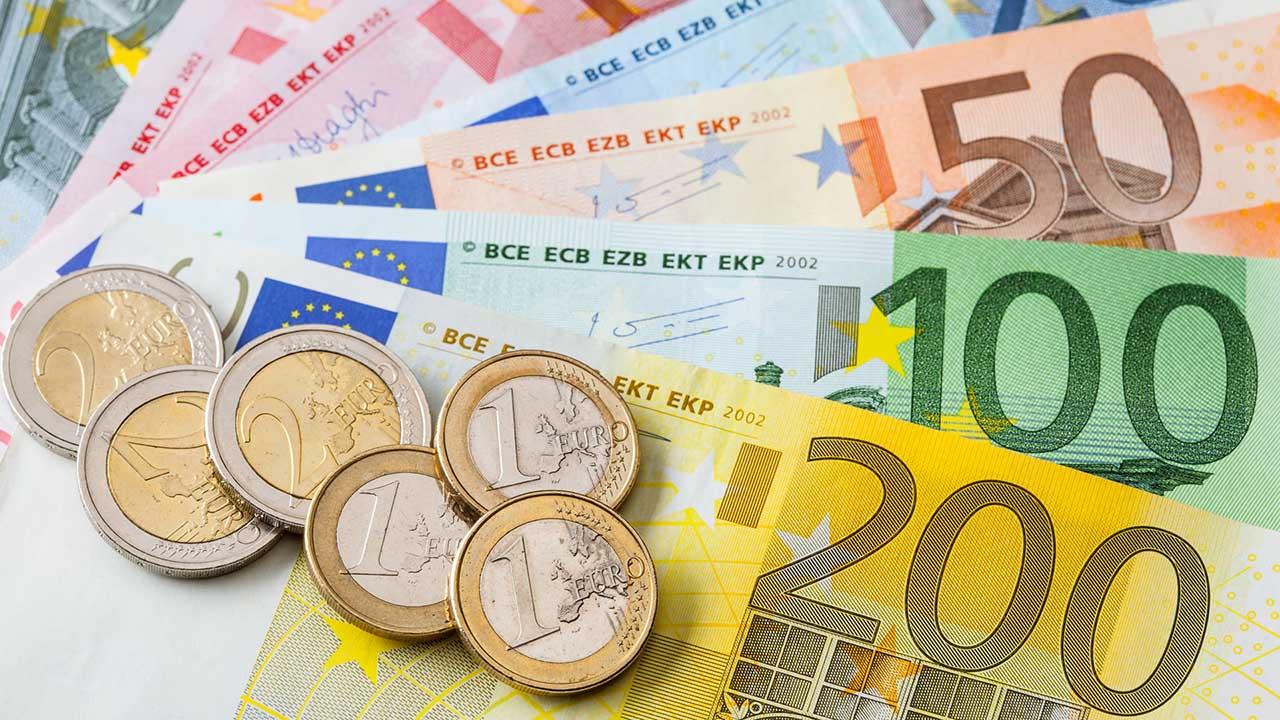 """Las nuevas emisiones incorporan un número verde esmeralda mejorado en el que pueden apreciarse símbolos """"€"""" dentro del número"""
