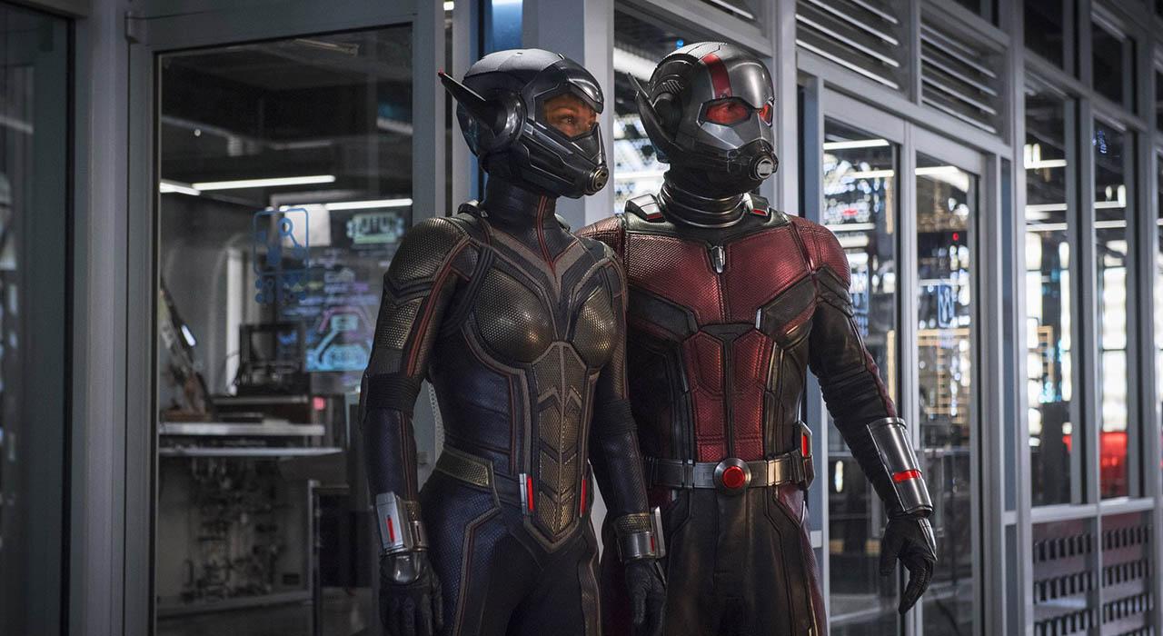 La cinta muestra un poco más de la historia y cuál será el villano al que se enfrentarán los dos héroes. Además, estará ambientada antes de Avengers: Infinity War