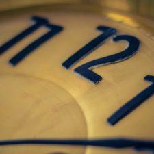 Escuelas retiraron relojes analógicos en el Reino Unido