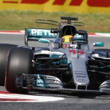 Hamilton gana en España y lidera la Fórmula 1