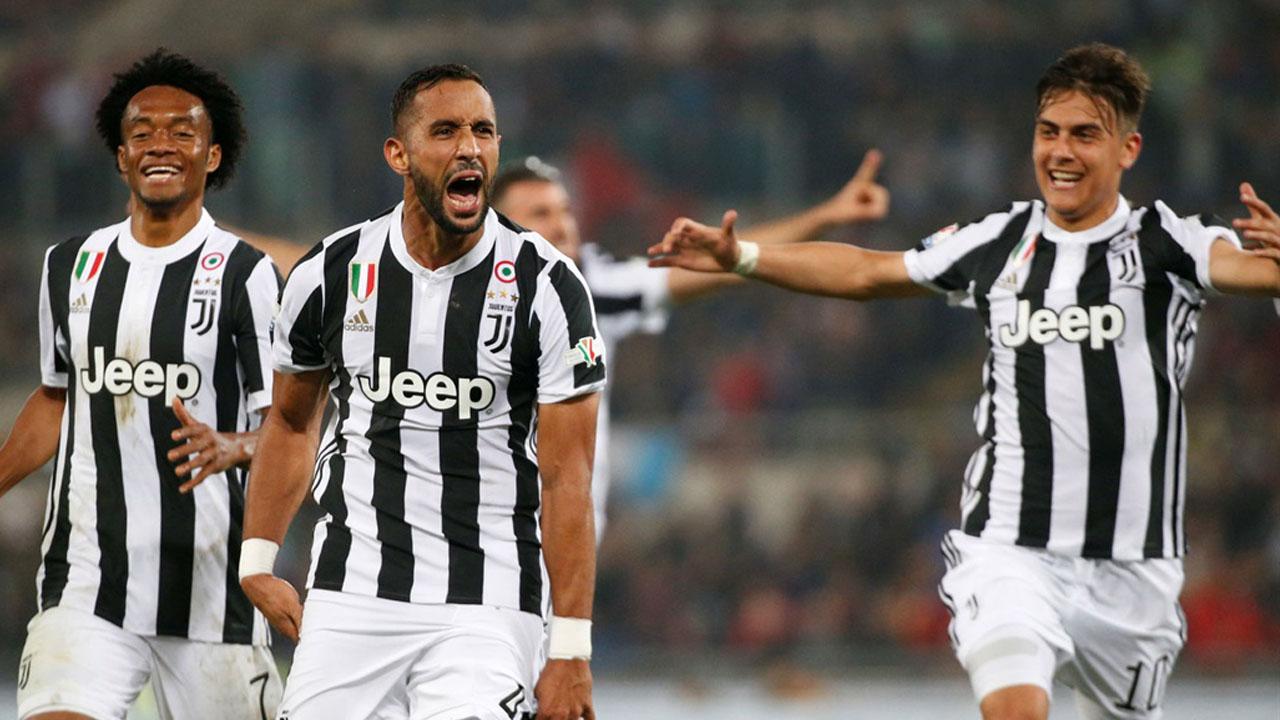 Los bianconeri golearon a los milanistas y obtuvieron su cuarto trofeo de manera consecutiva