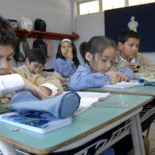 Chile atiende propuestas de estudiantes para colegios no sexistas