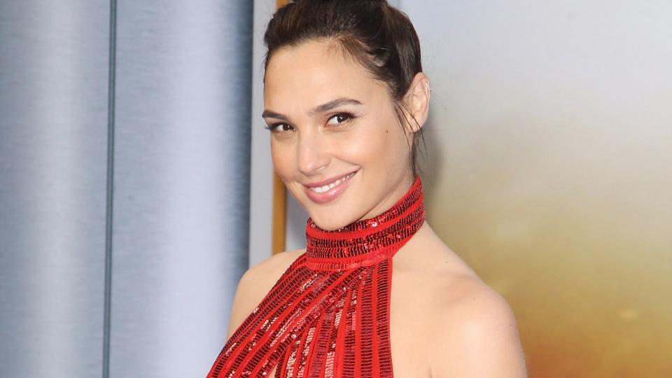 Cabe destacar que la interprete de Wonder Woman no ha confirmado la información debido a su apretada agenda de compromisos