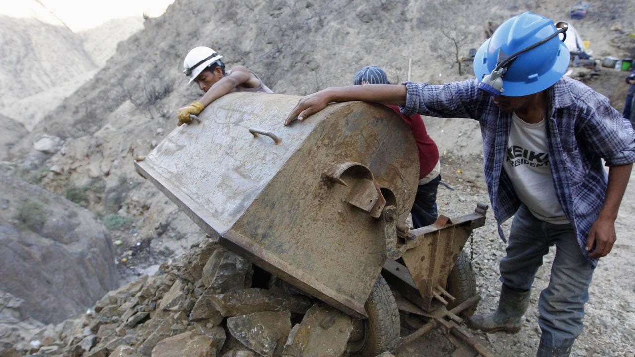 El ministro Victor Cano aseguró que el sector minero tendrá muchos dividendos al final del año 2018