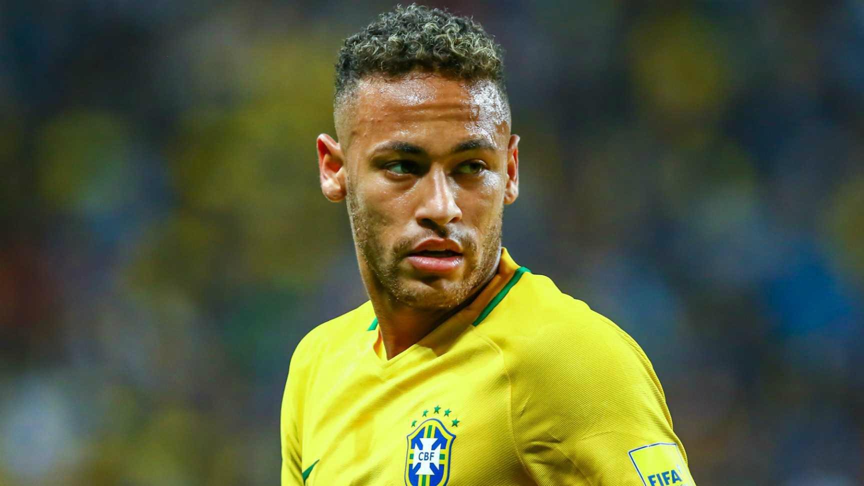 El Sumario - En la lista de los mejores que encabezan Cristiano Ronaldo y Lionel Messi no figura el nombre de Neymar