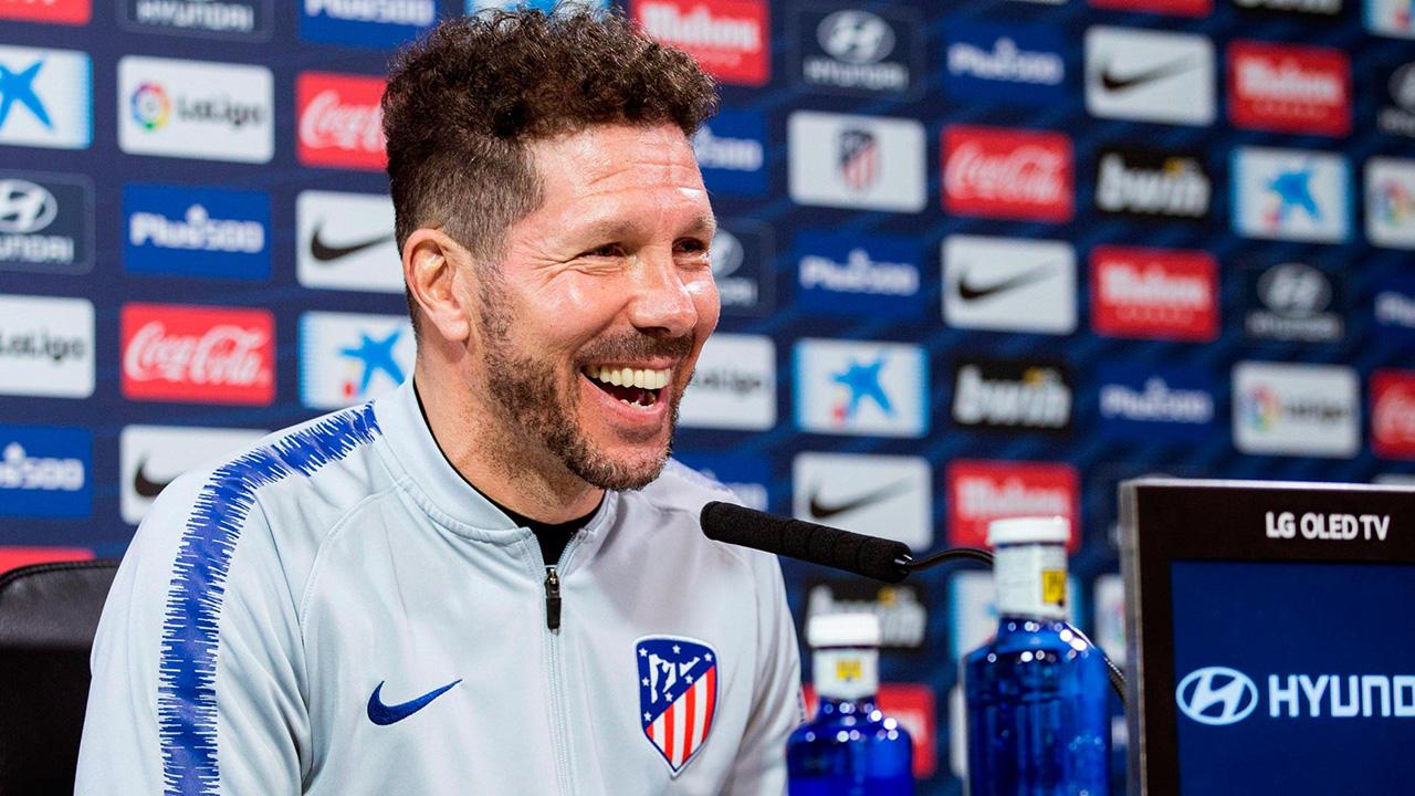 El entrenador del club español dijo que, hasta los momentos, el internacional francés está con el equipo colchonero