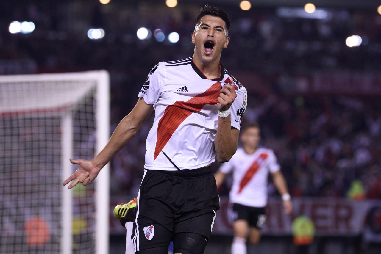 El centrocampista comentó que el fichaje podría ocurrir en breve, pero que hasta el momento seguirá jugando con River Plate