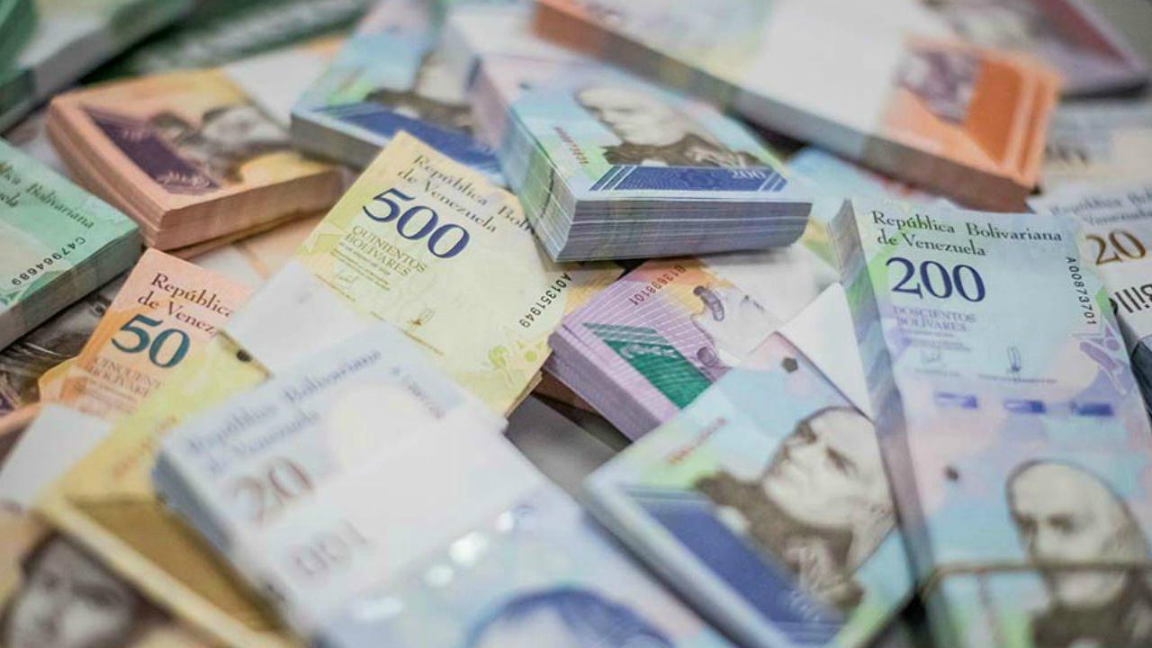 El Sumario - Adicionalmente Maduro autorizó bolívares soberanos para cubrir requerimientos en materiasalarial,beneficios laboralesygastos