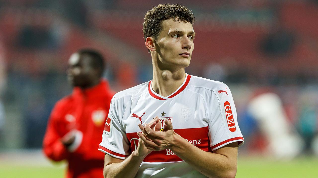 El internacional francés firmó un por cinco años con club alemán y dejará así el Stuttgart en el próximo verano