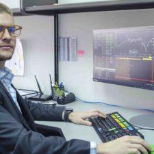 Rodrigo Aguiar: Seis billones de transacciones diarias se realizan en el Forex