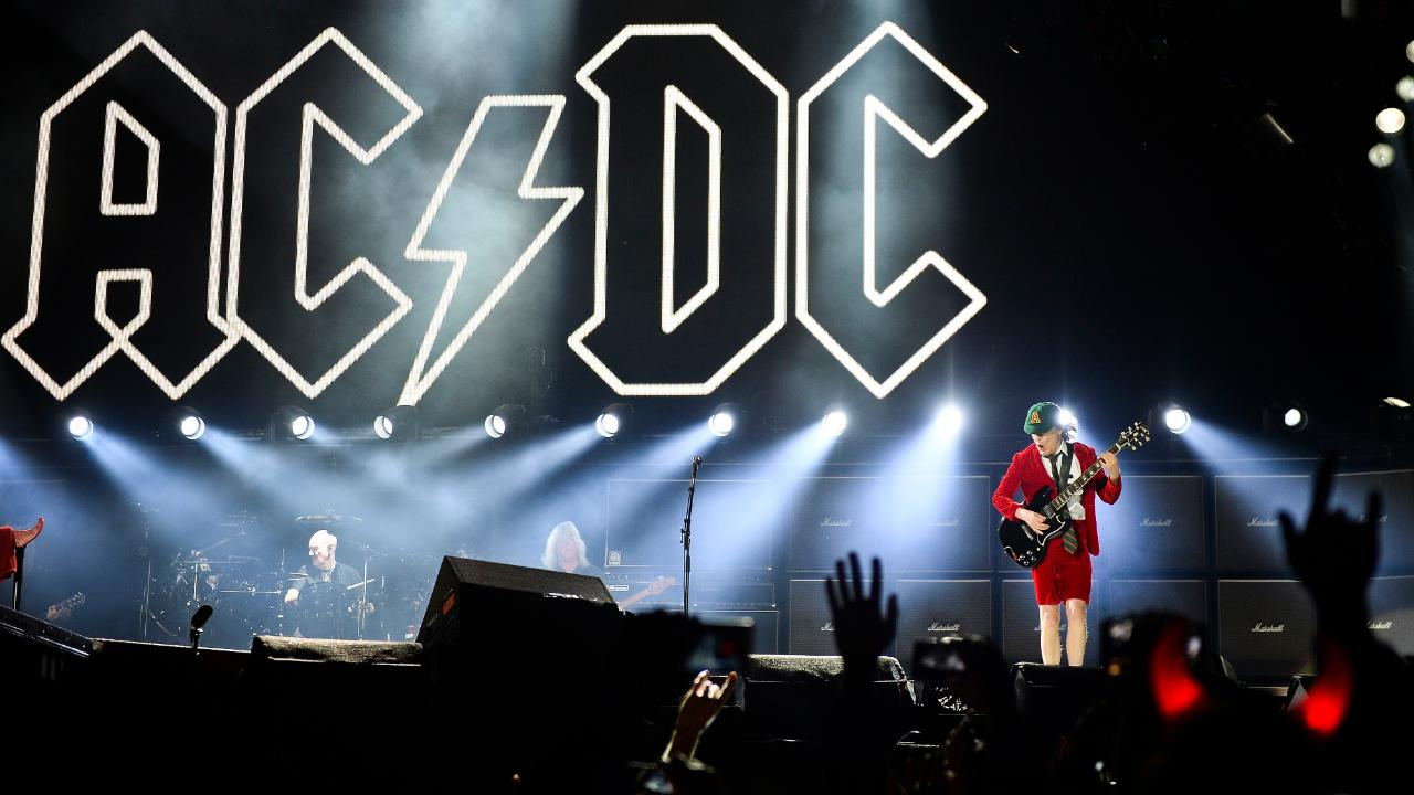 """Según el ingeniero de sonido de la banda de rock, Mike Fraser, el grupo """"ha estado en el estudio haciendo algo"""""""