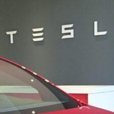 Tesla completó la adquisición del 79% de Maxwell