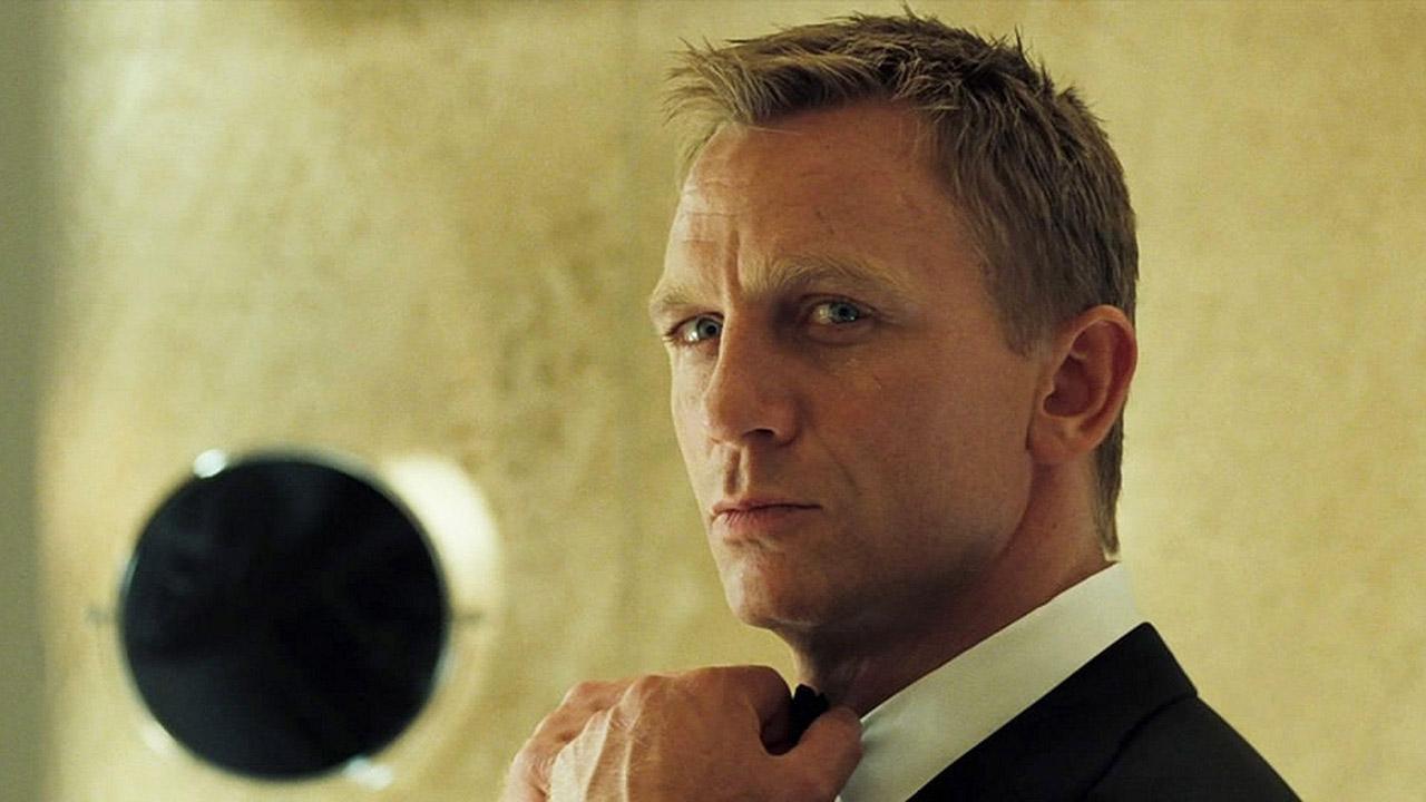 El actor británico resbaló y cayó mientras grababa una escena de acción en Jamaica