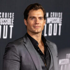 "Henry Cavill anunció el final del rodaje de ""The Witcher"""