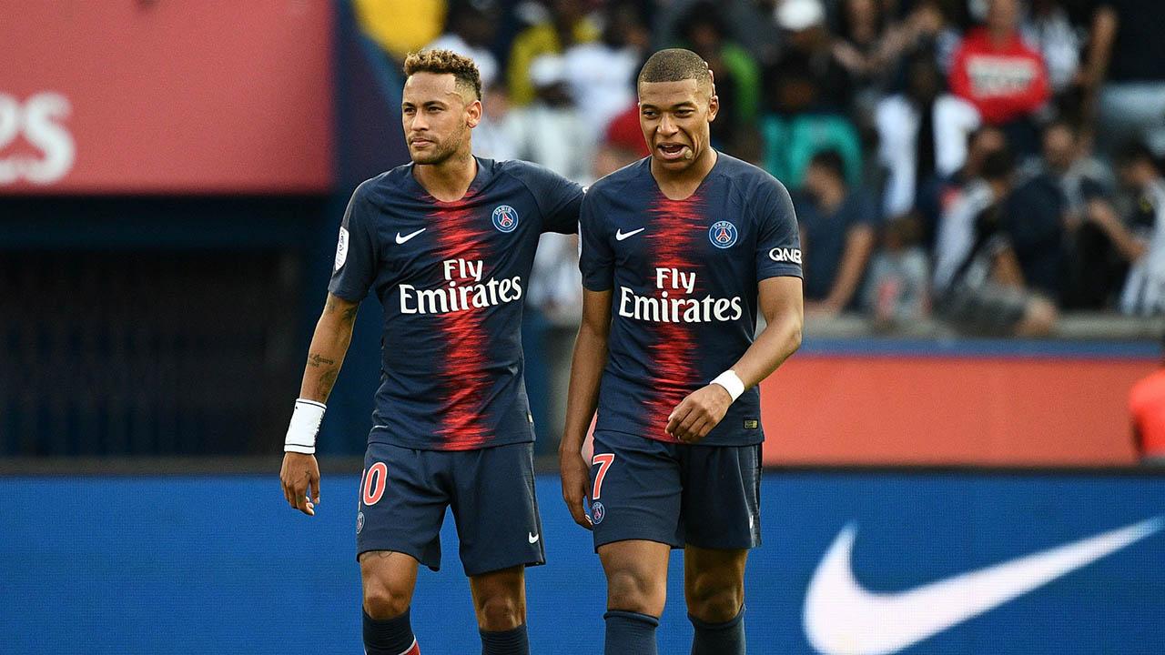 Pese a los rumores sobre la salida de ambos jugadores del club francés, ambos aparecen en el video promocional de la nueva indumentaria del vigente campeón de la Ligue 1