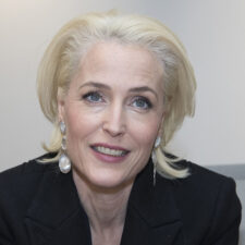Gillian Anderson interpretará a Margaret Thatcher
