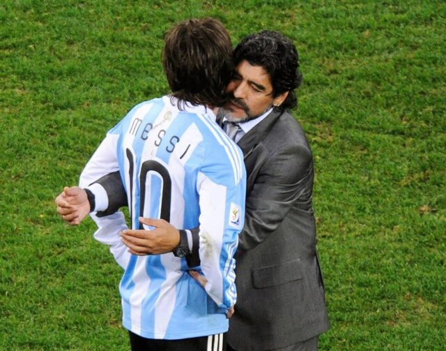 El Sumario - Messi deberá pagar 600 euros de multa por su homenaje a Maradona