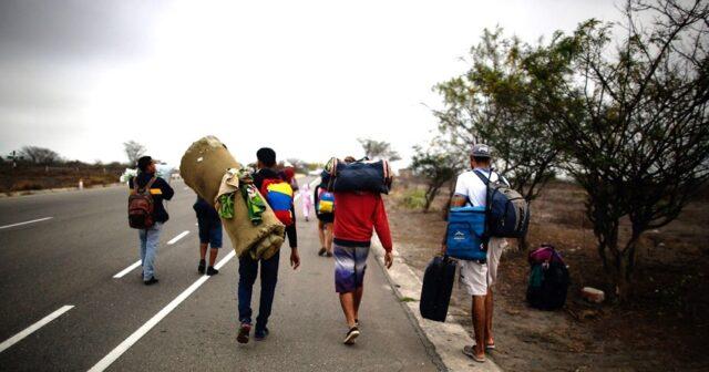 El Sumario - Organismos de la ONU piden fondos para ayudar a venezolanos en Latinoamérica