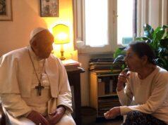 El Sumario - Edith Bruck, poetisa y superviviente del holocausto, recibió visita sorpresa del Papa