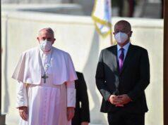 """El Sumario - """"No más violencia"""": Papa Francisco pidió desde Irak compromiso por la paz"""