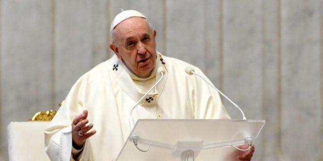 El Sumario -El papa Francisco reduce el sueldo del personal del Vaticano