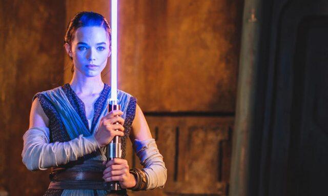 """El Sumario - Disney presenta un sable láser """"real"""" en el """"día de Star Wars"""""""