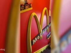 El Sumario - Fan de McDonald's transforma su casa en un santuario de comida rápida