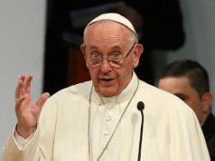 Papa Francisco recibe a 20 detenidos en el Vaticano