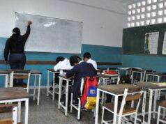 El Sumario - Venezuela estudia retomar las clases presenciales en octubre