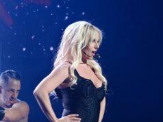 Britney se rehúsa a subir a los escenarios mientras su padre controle su vida