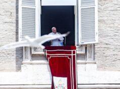 El Sumario - Hospitalizan al papa Francisco para realizarle una operación de Colon