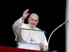 El Sumario - Así marcha la recuperación del Papa: lee periódicos y ya camina