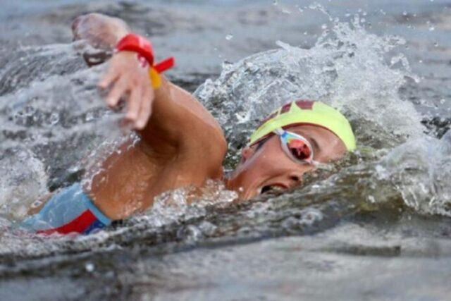 El Sumario - Venezolana Paola Pérez se posicionó entre las 20 mejores nadadoras de aguas abiertas