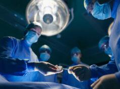 El Sumario - Médicos salvan una mano injertándola en el tobillo del paciente
